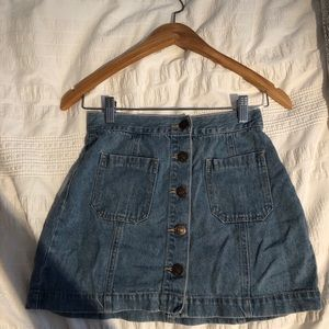 Denim mini skirt with buttons